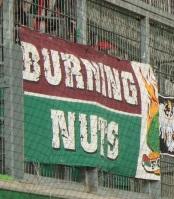 Burning Nuts (rot-grün)
