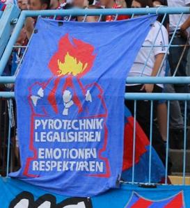 Pyrotechnik legalisieren - Emotionen respektieren (Heidenheim)