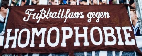 Fu�ballfans gegen Homophobie (St.Pauli, braun)